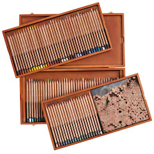 Derwent Lightfast Coloured Pencils Wooden Box of 100